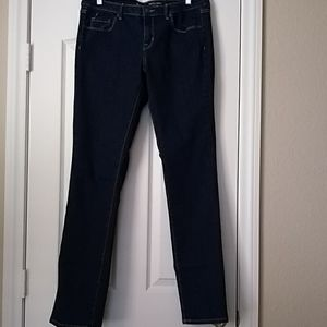 Straight leg denim jean